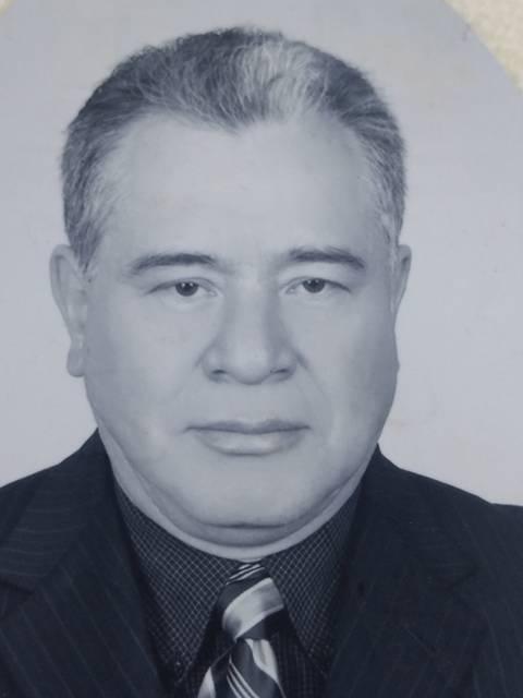 Dr. Elfego Díaz Flores