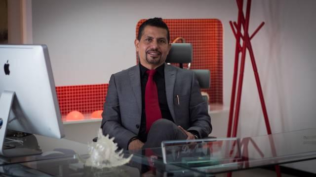 Dr. Israel Silva Arce