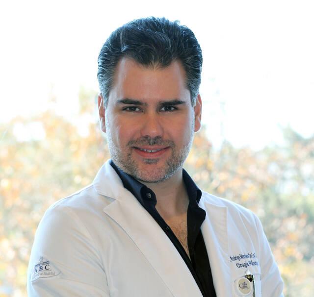 Dr. Rodrigo Morales De la Cerda