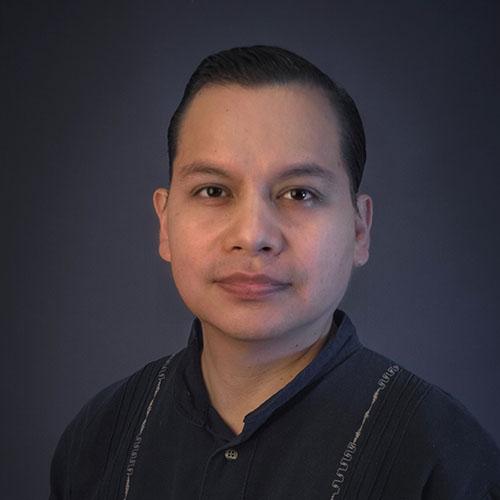 Dr. Israel Esteves Chavez