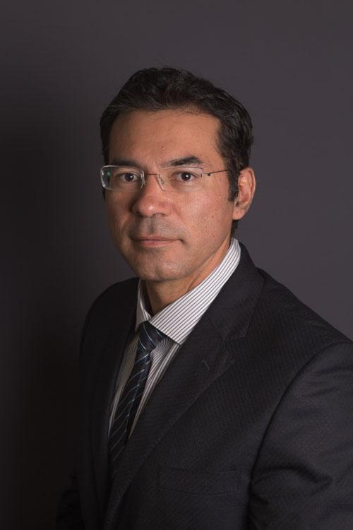 Dr. Hugo Gallegos Ballesteros