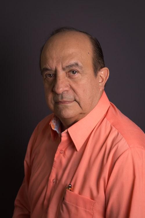 Dr. Armando Madrid Basurto