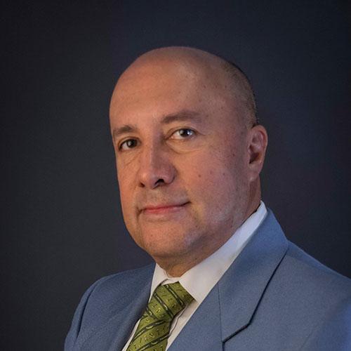 Dr. Roberto Fabio Gutiérrez Carmona