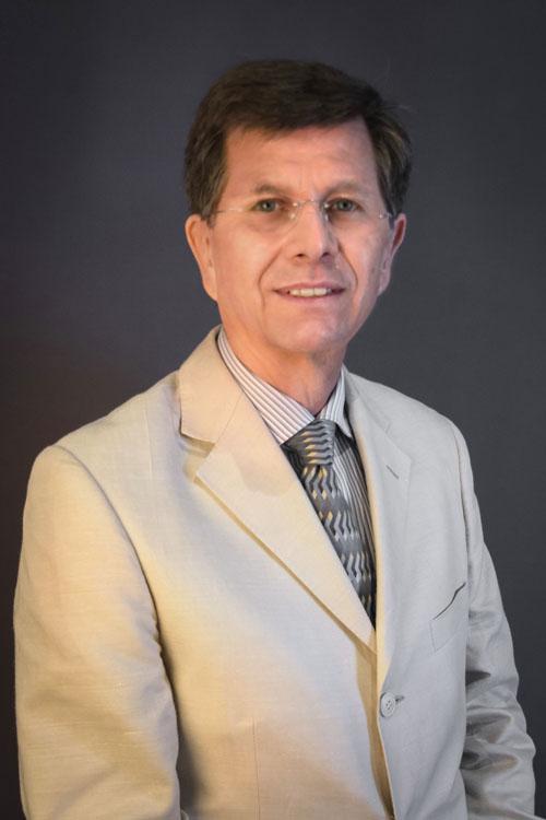 Dr. Raul Figueroa García