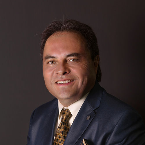 Dr. Ernesto Theurel Sangeado