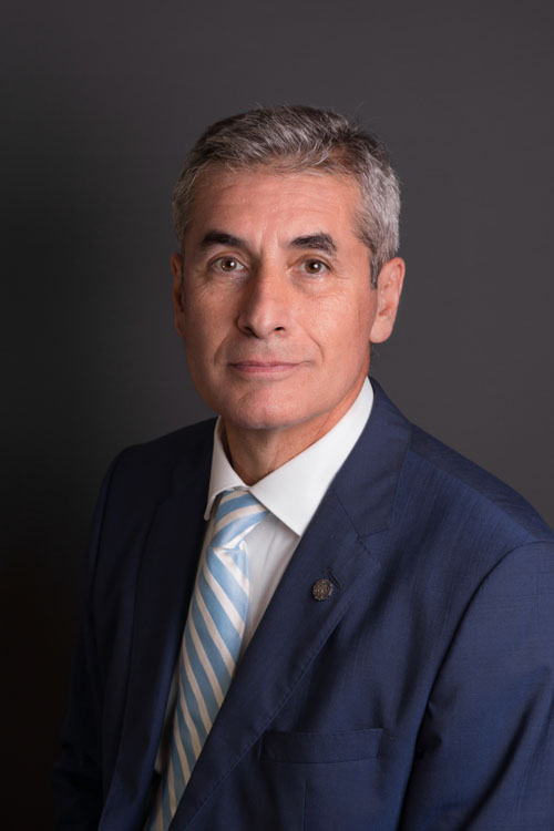 Dr. Mario Carranza García