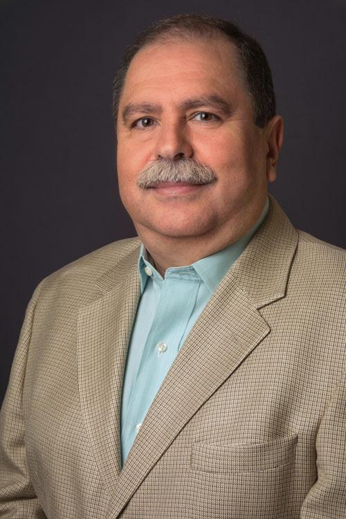 Dr. René Crisanto Mora Esquivias