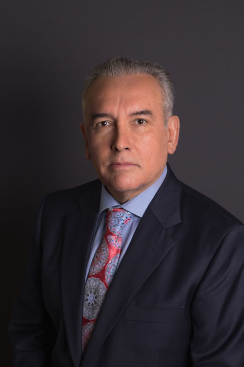 Dr. Adrián Amezcua-Majarrez Cortés