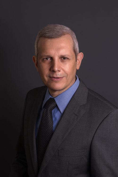Dr. Mario Navarro Treviño