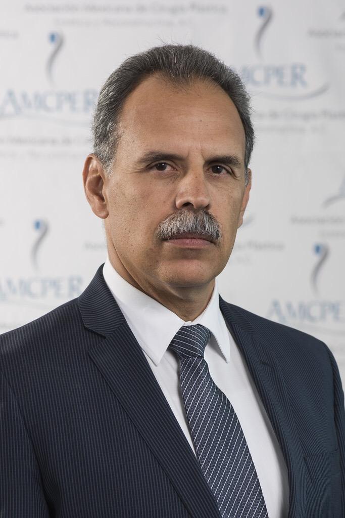 Dr. Ernesto Alonso Ramírez Lozano