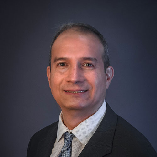 Dr. Hernán Martínez López