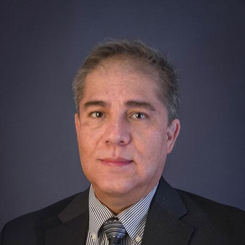 Dr. Eduardo Hernández González