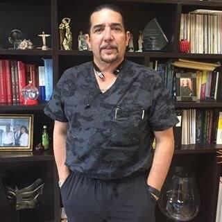 Dr. Guillermo Castaño Ruíz