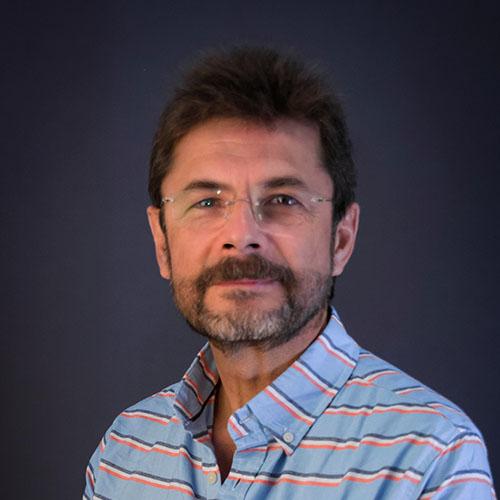 Dr. Raul Ricaño Rueda
