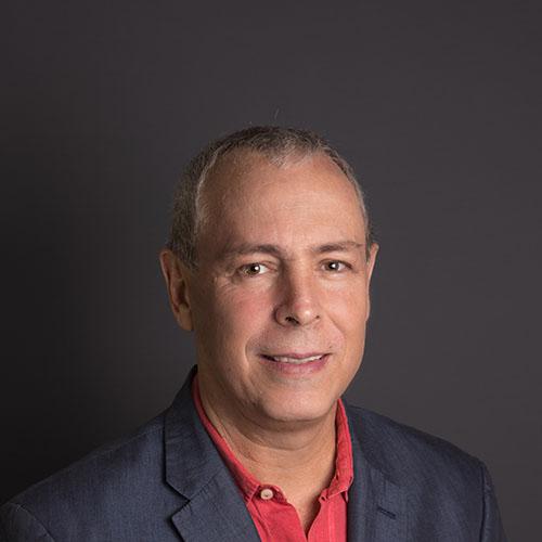 Dr. Eduardo Navarro Becerra