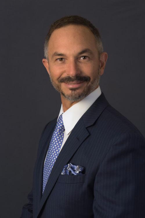 Dr. César H. Torres Rivero
