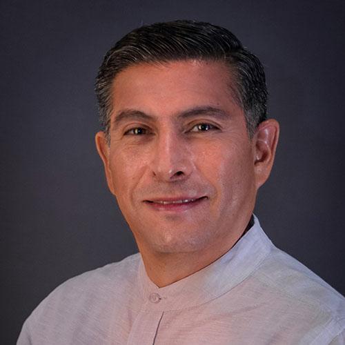 Dr. José Mena Olalde