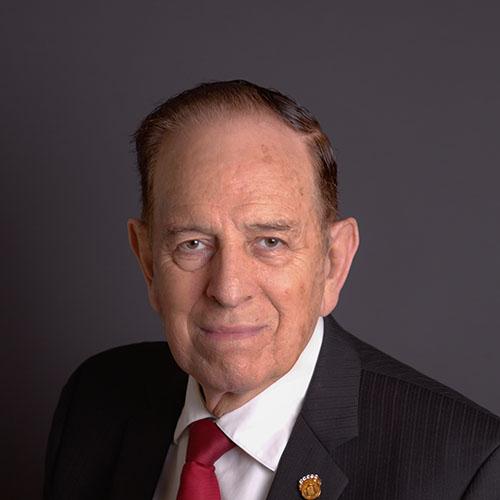 Dr. Hernán Chacón Martínez